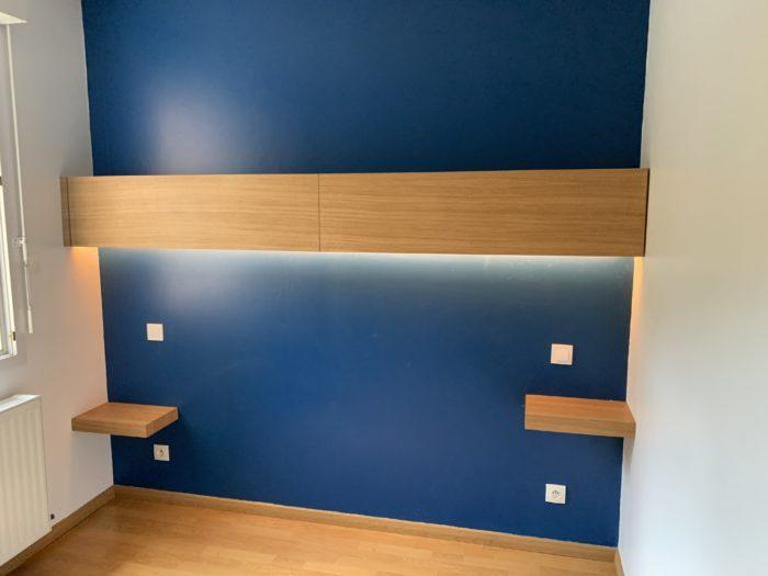 Conception, réalisation et installation d'un meuble tête de lit et de ses deux tables de chevet à Allevard
